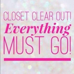 Closet sale! 🤩😜🛒👚👟👗